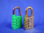 """L4 - Combination Lock - 1/4"""" shackle (resettable)"""
